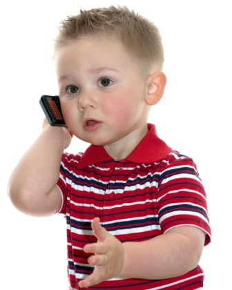 Little-boy-on-phone